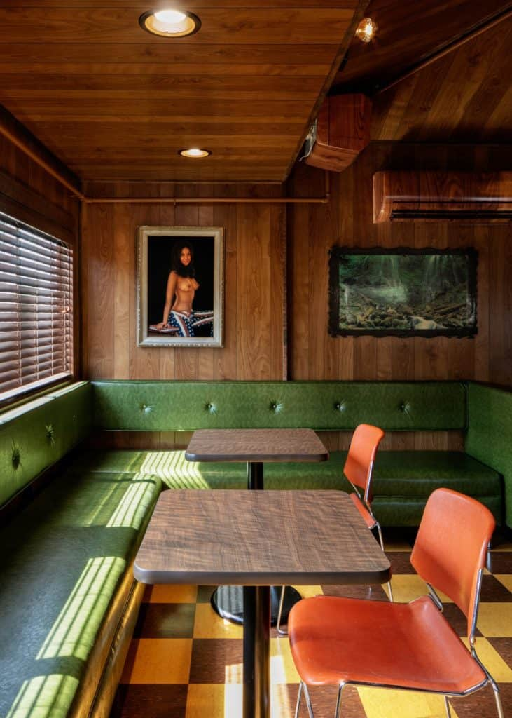 Dive Motel Bar 2 1